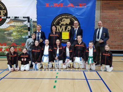 http://karateverenigingkanku.nl/wp-content/uploads/2018/02/rupelcup-2-1-400x300.jpg